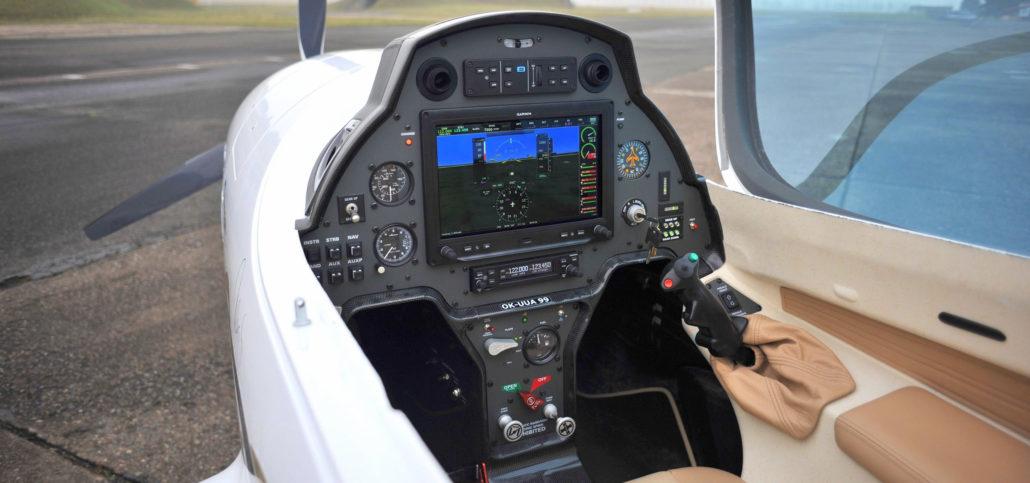 Gulfstream Aerospace - Technology - Symmetry Flight …